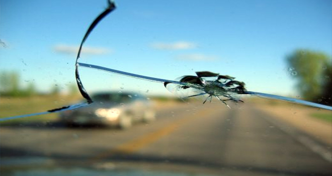 vidro-carro-trincado